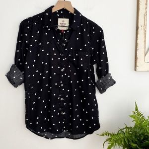 NEW SO The Perfect Shirt Black Button Down…